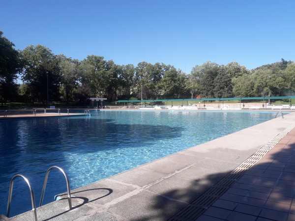 Adjudicadas las obras de reforma de las piscinas de san for Piscina de san blas